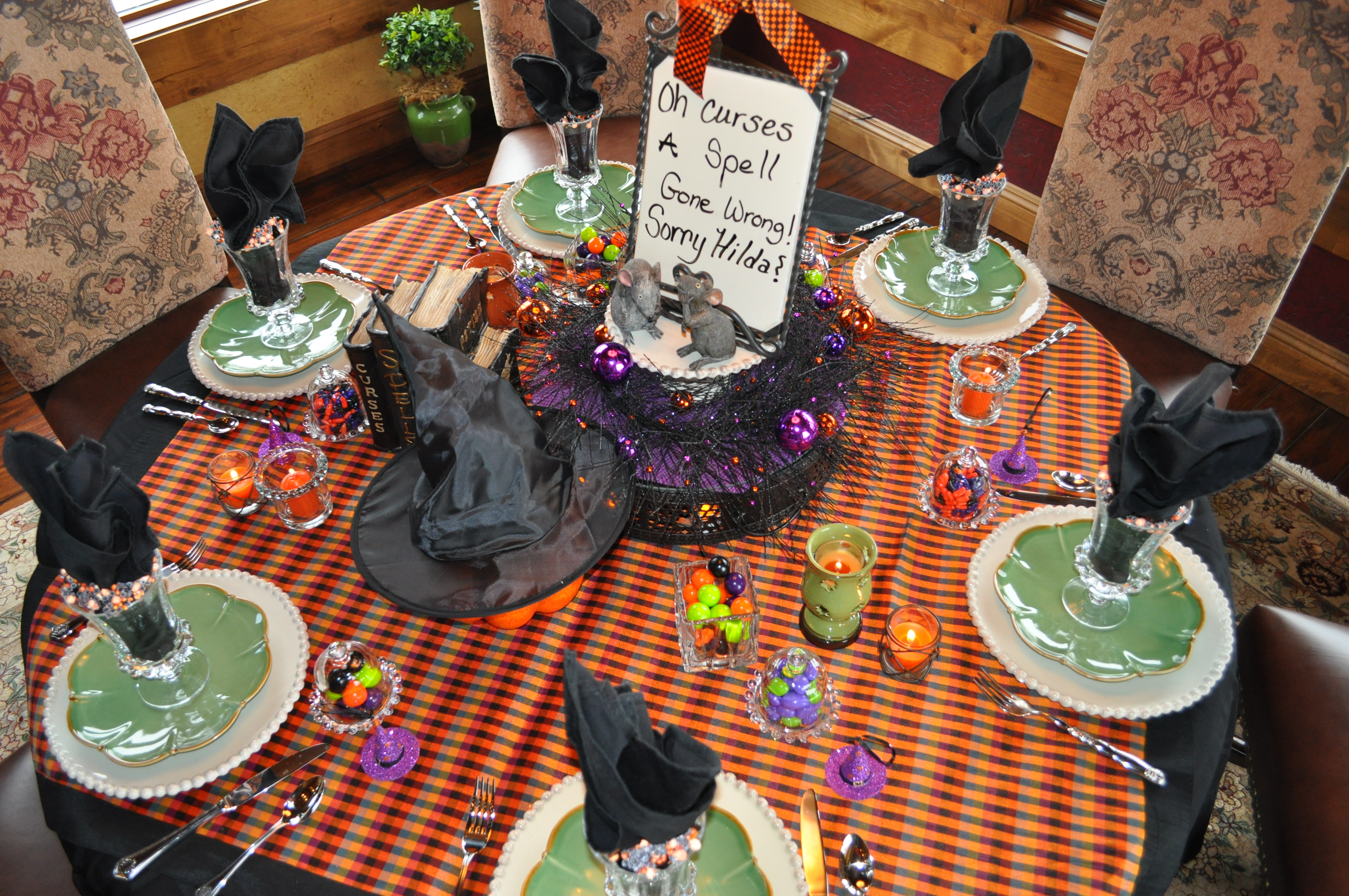 Halloween tablescapes - The Two Little Mice Inspired Me To Create This Hocus Pocus Tablescapes When I First Saw The Little Mice At Kneaders A Local Eatery The Movie Cinderella
