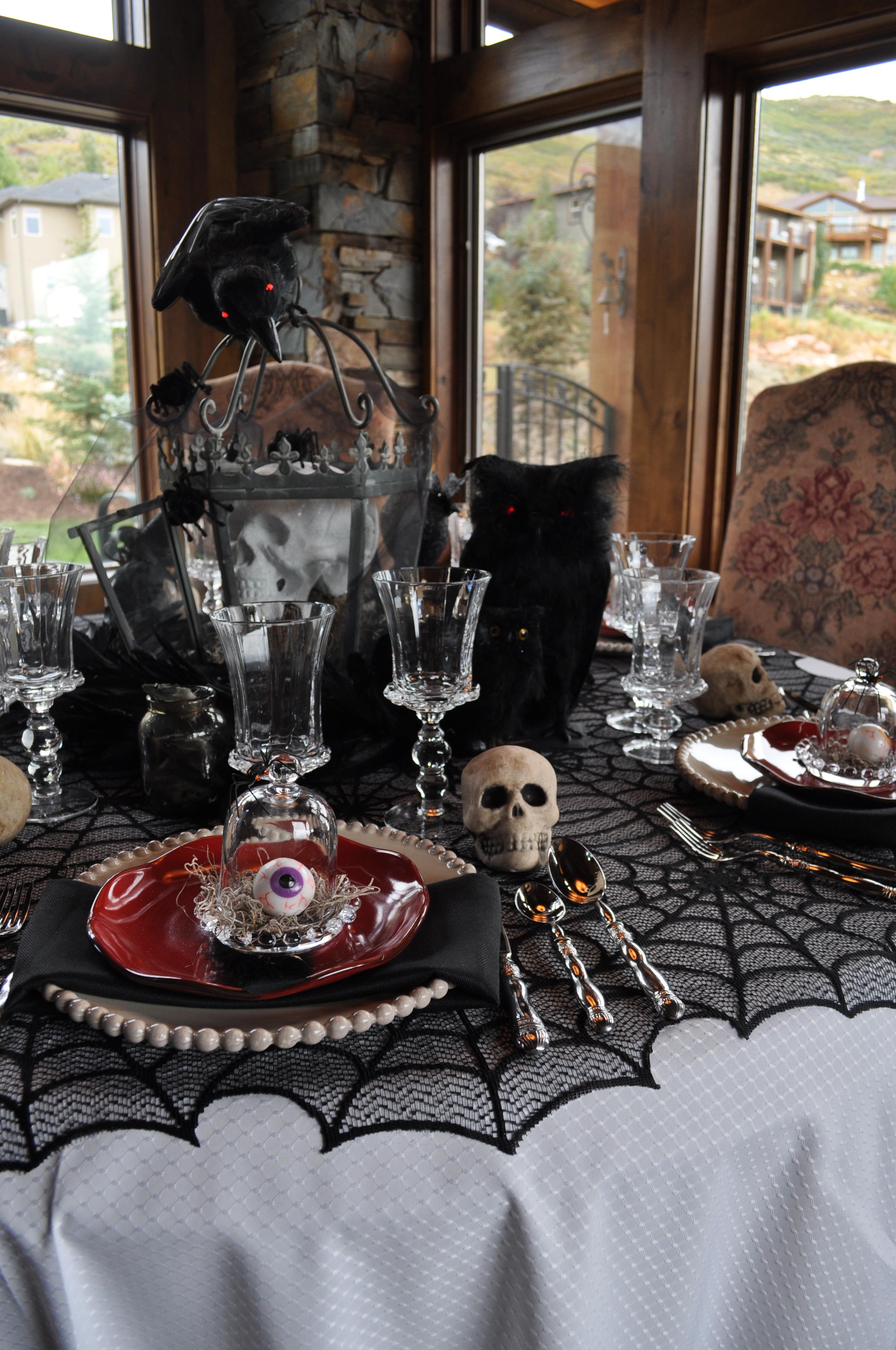 Indoor halloween decorating ideas easyday - Although