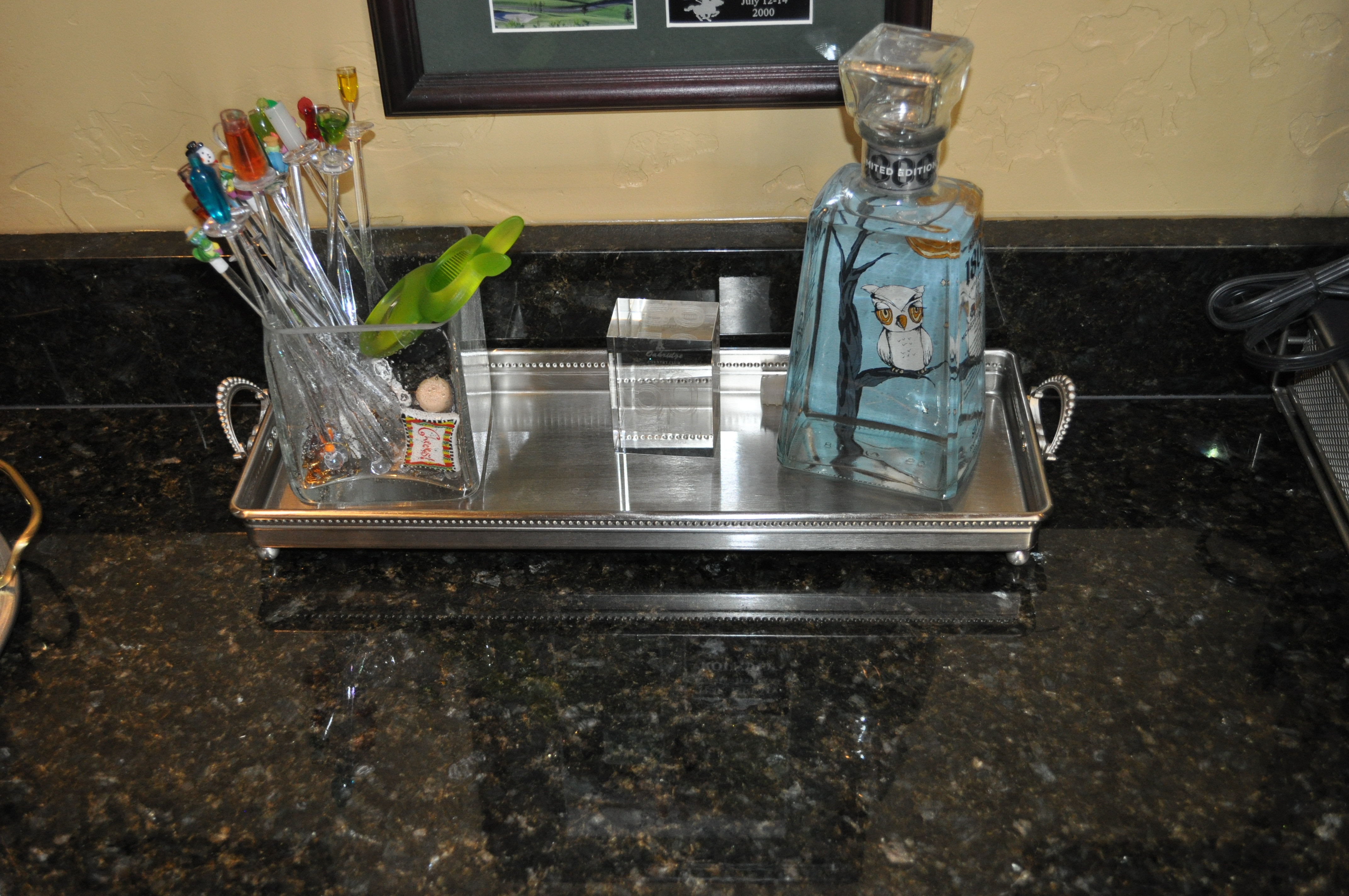 Tray service celebrating style at home blog entertain for Bathroom tray for toiletries